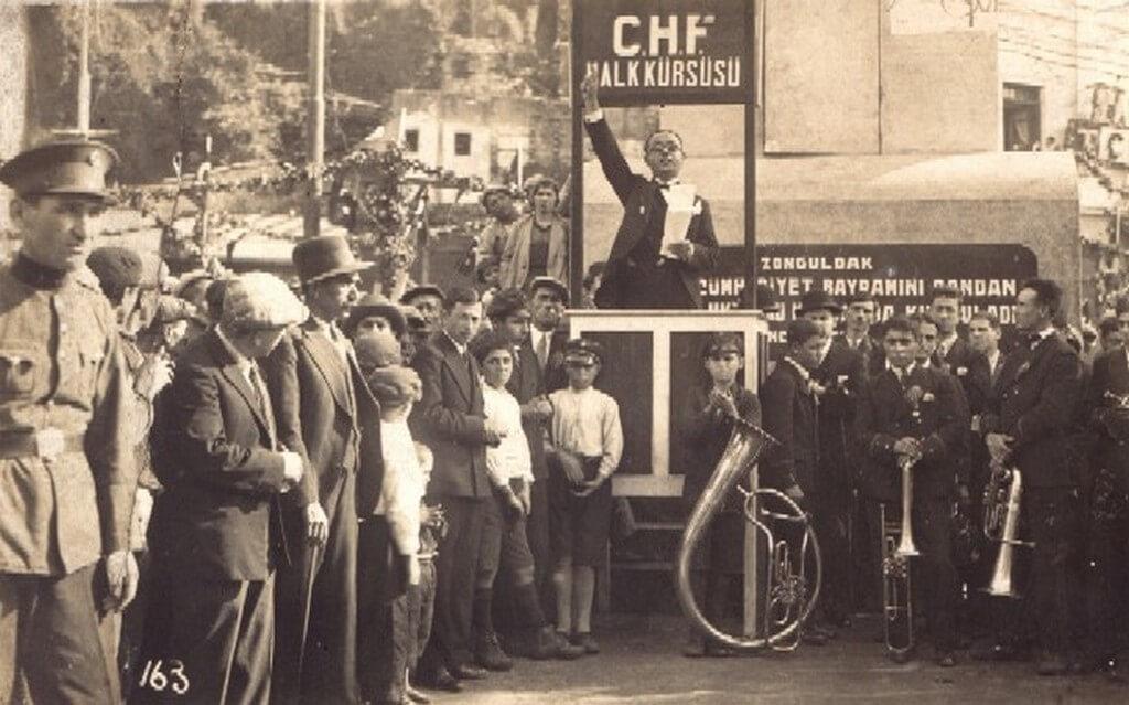 9 Eylül 1922'de Halk Fırkası kuruldu. ile ilgili görsel sonucu